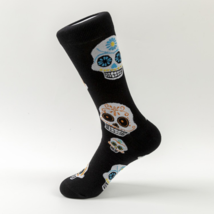 Wholesale mens 100% cotton colorful skull pattern socks